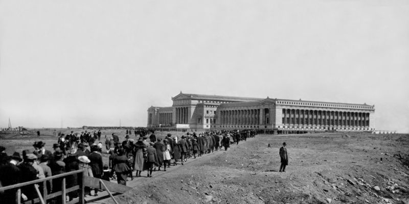 Historic photograph of The Field Museum on its opening day in 1921