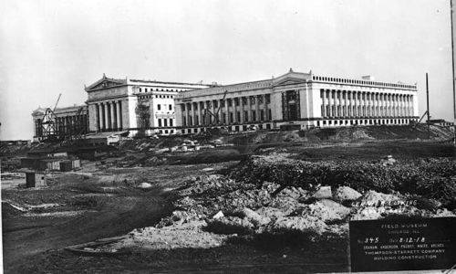 Archival photo from 1918, showing construction of north facade of the Field Museum building.